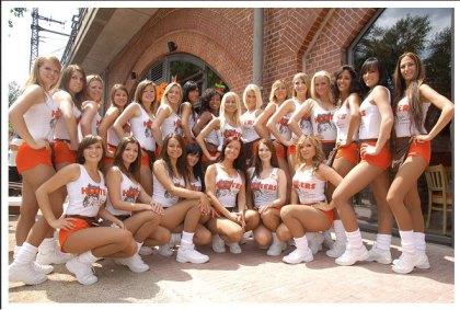 Hooters Berlin Tiergarten - Das neue Team - die Berliner Hooters-Girls